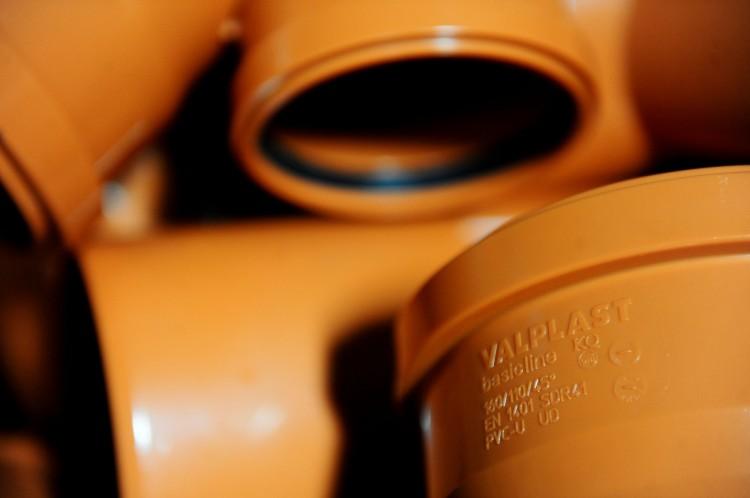 Basicline - Tevi si conducte din PVC pentru canalizare exterioara