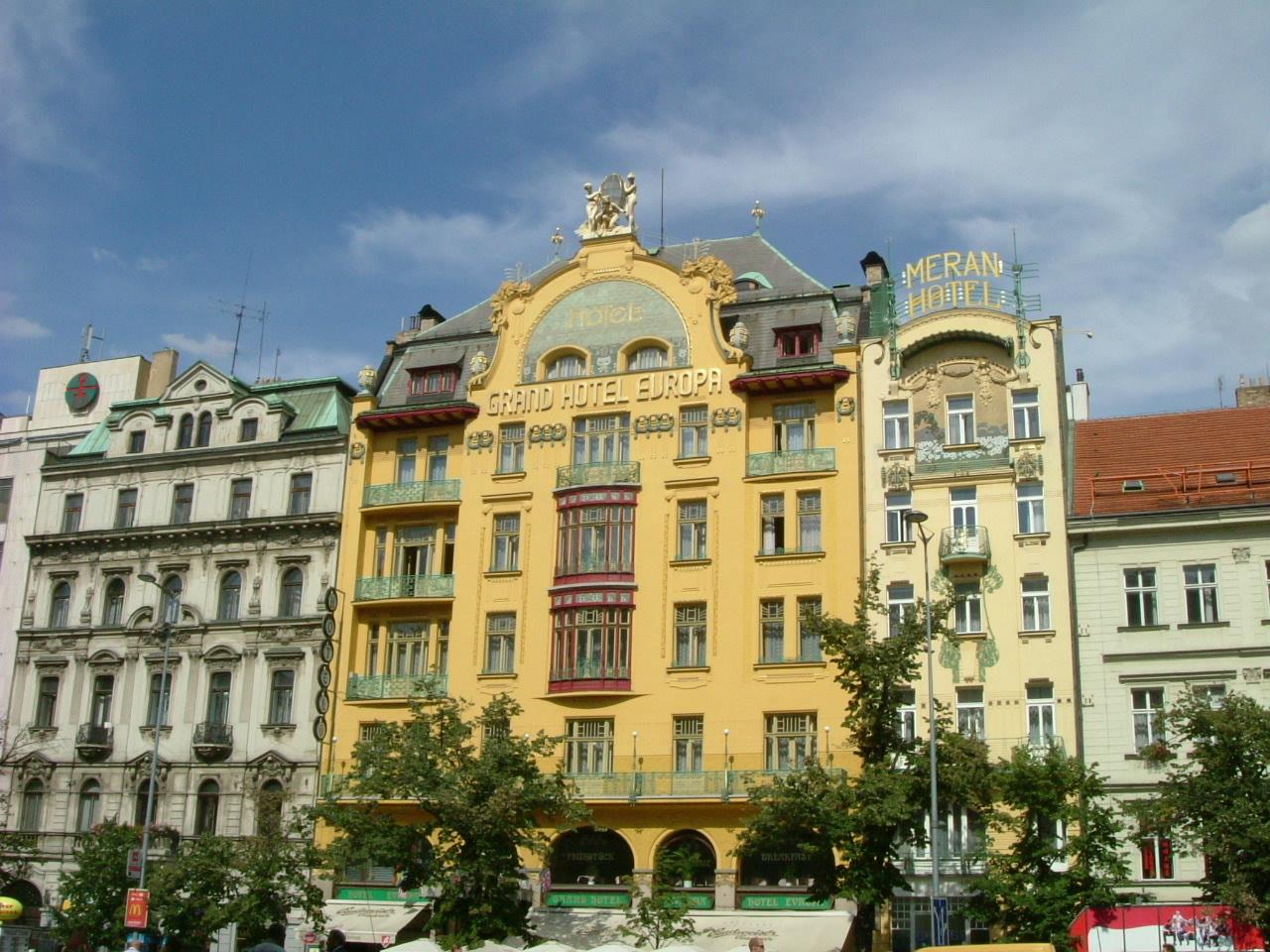Hotel Europa - O călătorie arhitecturală prin Praga, orașul celor 100 de clopotnițe - partea a II-a
