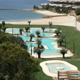 Piscina rezidentiala cu finisaj special, aspect de nisip 1 - Piscine rezidentiale cu finisaj special, aspect de nisip