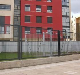 Stalpi metalici patrati Decorio - Stalpi metalici pentru garduri
