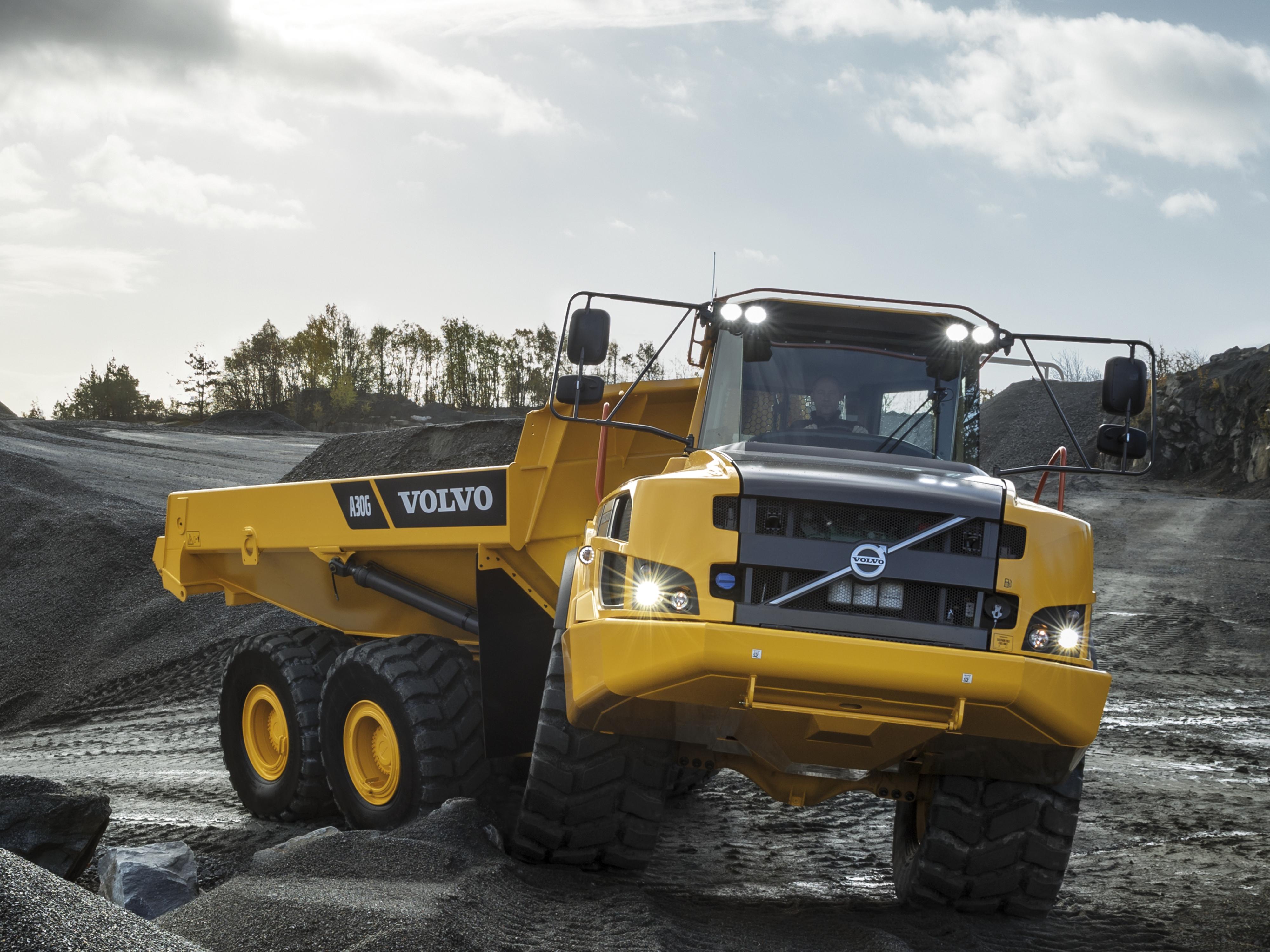 Prezentare Produs Dumper Camion Articulat Volvo Poza 5
