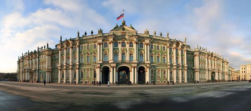 Palatul de Iarna, Sankt Petersburg - Lectia de arhitectura - emblemele stilului baroc