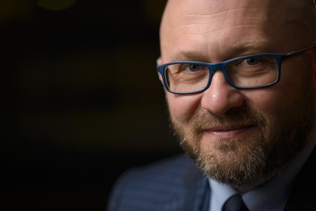 Liviu Stoleru Director General si Presedinte al Consiliului de Administratie Cemacon - Cemacon doneaza caramida necesara