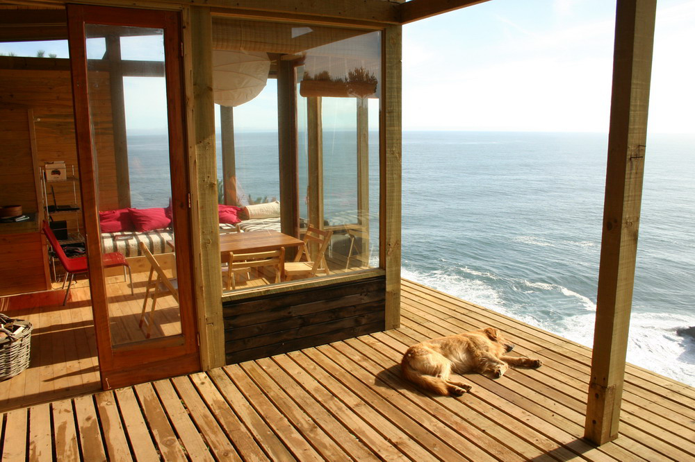 Vedere de pe terasa catre living si bucatarie - Frumusete la inaltime - interior