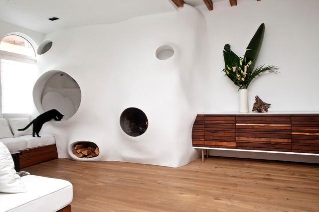 Dupa reamenajare - Amenajarea casei unui artist un motiv bun ca să își dea frâu liber