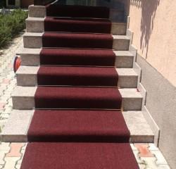 Mocheta pe scari - Montaj mocheta, covoare PVC, linoleum