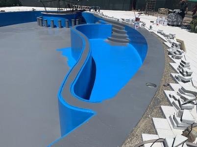 Lucrare de impermeabilizarea piscinei cu poliuree - Hidroizolatii piscine cu poliuree