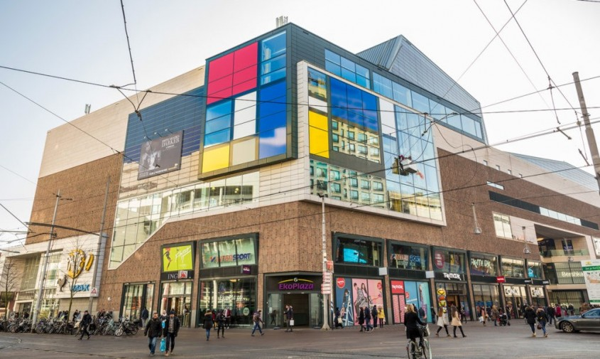 Haga devine lacasul pentru 'Cea mai mare pictura a lui Mondrian' din lume - Haga devine