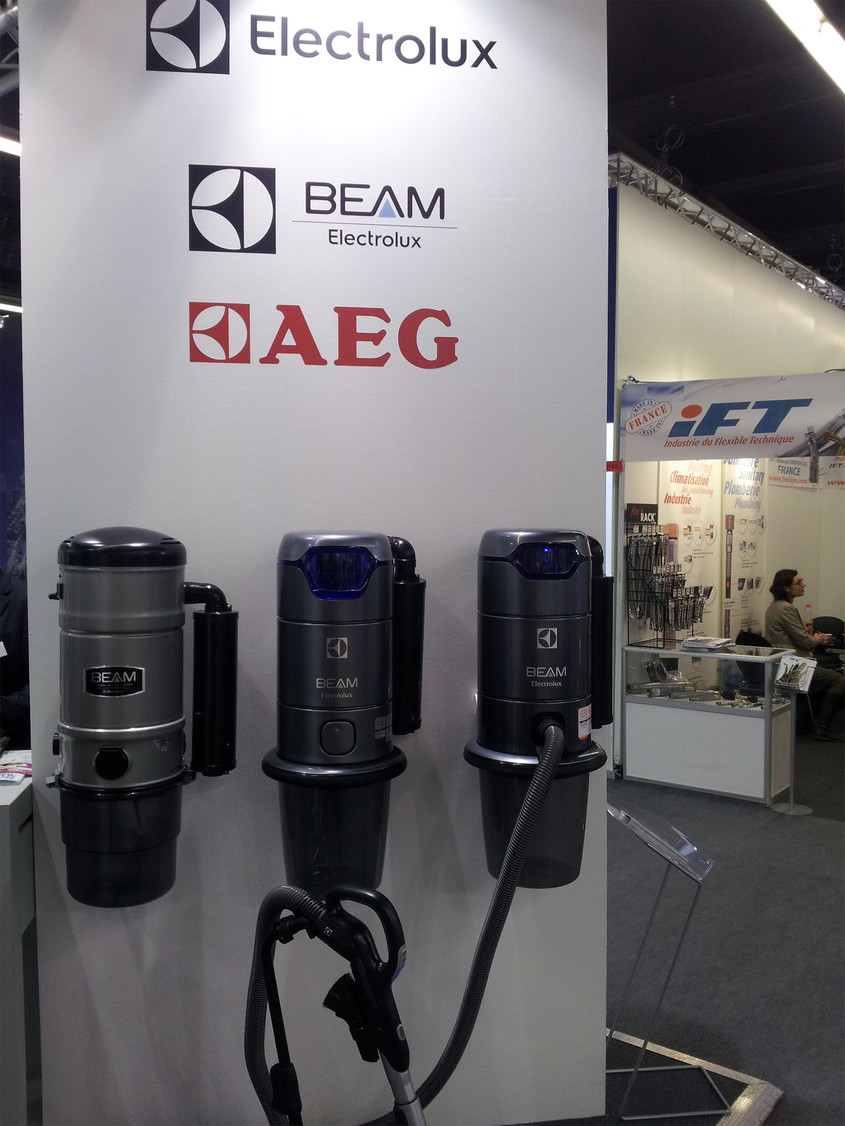 Un parteneriat international durabil intre ELECTROLUX Central Vacuum Systems si MAXXXCOMFORT RO SRL - Un parteneriat