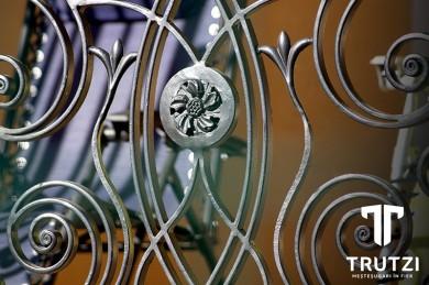 Ornament balustrada - Prezentare lucrari TRUTZI FIER FORJAT