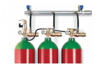 Conectarea buteliilor de INERGEN la colector - Sisteme personalizate