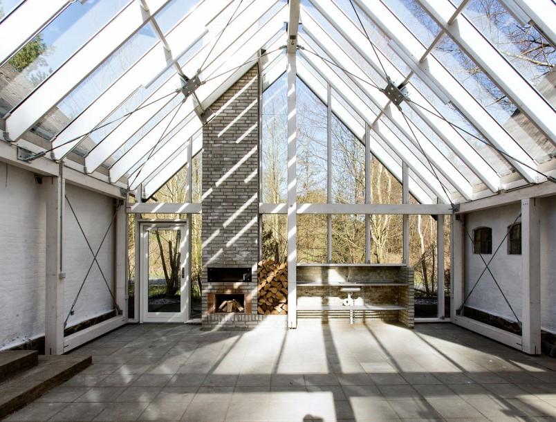 Volume noi cu pereti exteriori realizati sticla si busteni - Volume noi cu pereti exteriori realizati