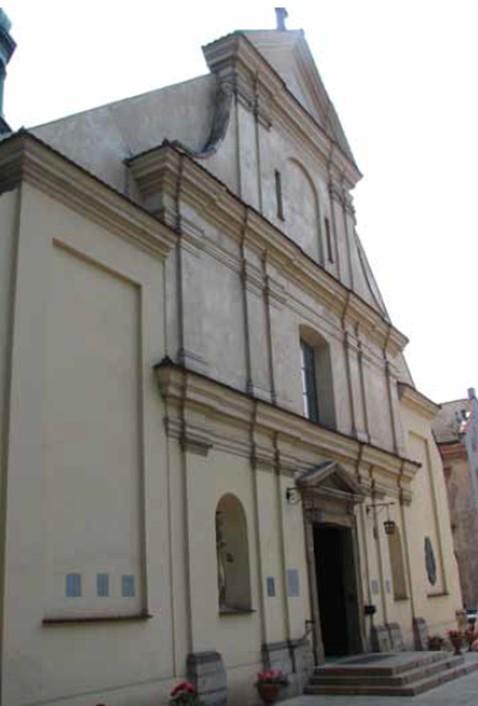 VEDERE ASUPRA FATADEI FRONTALE - Consolidarea structurala a bisericii Sf. Nicolae din Cracovia, Polonia