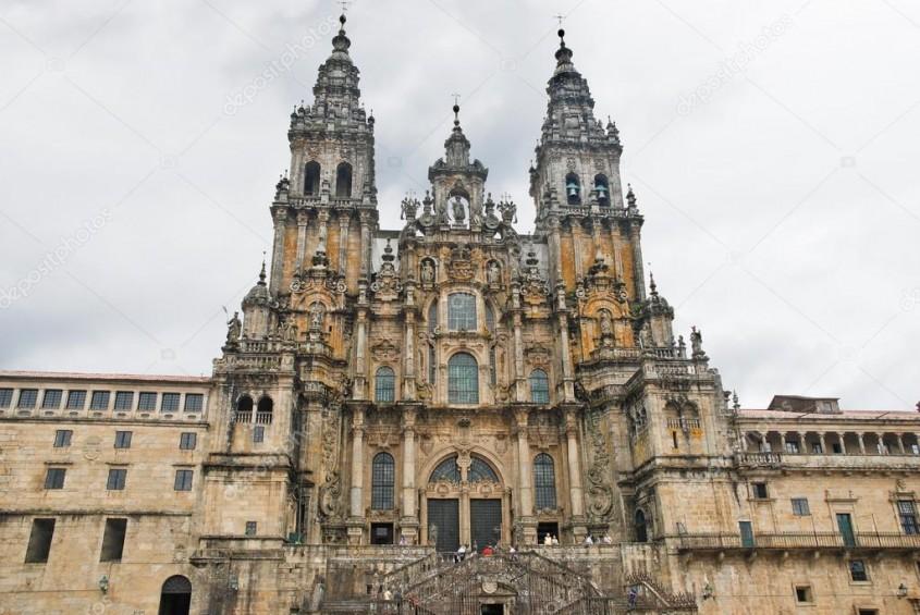 Catedrala Santiago de Compostela, Spania - fatada vestica - Lectia de arhitectura - emblemele stilului baroc