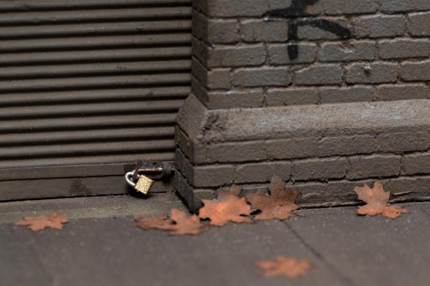 Hiperrealismul lui Joshua Smith - Miniaturi hiperrealiste ale aspectelor urbane ce redau și cele mai fine