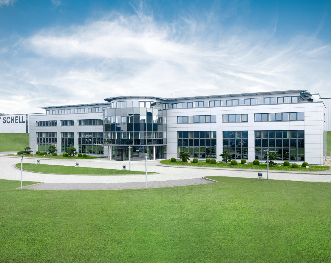 Fabrica 1: Productie, centru de administrare si training - SCHELL GMBH & Co. KG Armaturentechnologie