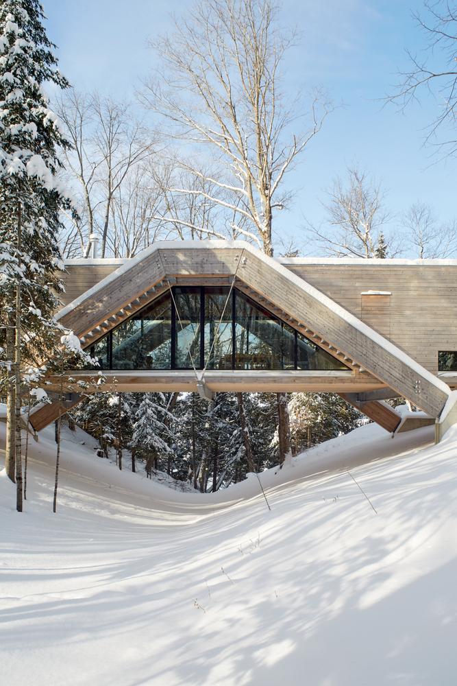 Bridge House - Bridge House - casa ca un pod ce traversează o râpă