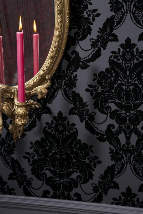 tapet cu insertie de catifea, inspiratie damasc - Ce inseamna luxul?