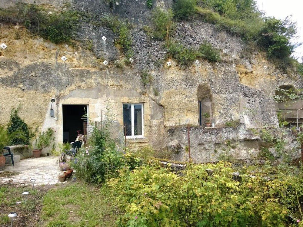 O ruina cumparata cu 1 euro si transformata intr-o locuinta confortabila - O ruina cumparata cu