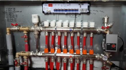 Incalzire in pardoseala cu agent termic - Incalzire in pardoseala cu agent termic