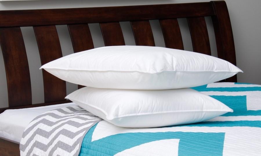 Cum iti alegi perna potrivita? Sfaturi pentru un somn mai odihnitor - Cum îți alegi perna potrivită? Sfaturi pentru un somn mai odihnitor