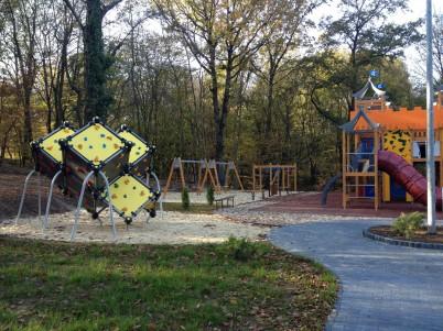 Amenajari locuri de joaca  - Amenajari locuri de joaca
