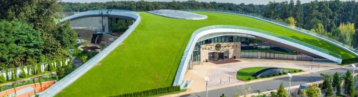 Stejarii Country Club - amenajare terase verzi si pereti verzi - Proiecte RULOURI DE GAZON