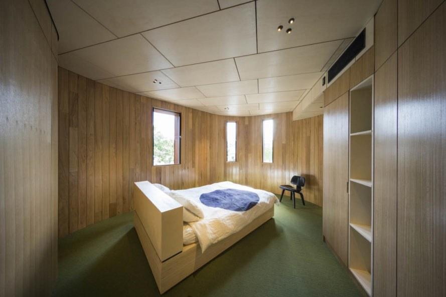 Casa True North by TANDEM Design Studio - Un vechi grajd transformat într-o casă cu forme