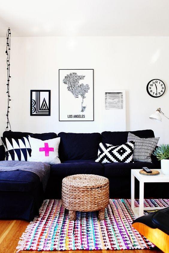Pernute decorative - Înfrumusețează-ți camerele cu pernuțe decorative perfect aranjate!