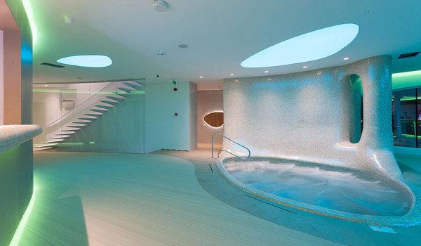 Amenajare interioara centru spa Zenith - Premiile Bienalei Nationale de Arhitectura editia a-12-a, 2016