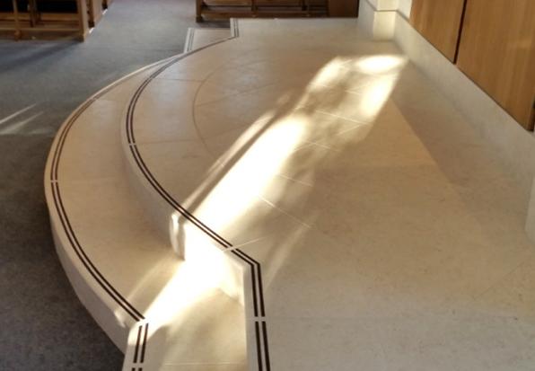 Sinagoga Shaare Sedek - Profilux vă prezintă un produs inovator pentru protecția anti-alunecare destinat treptelor și