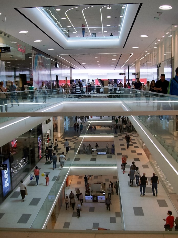 Mega Mall Bucuresti un proiect realizat cu ajutorul SPECTRUM INOVATIV & INDUSTRIES - Mega Mall Bucuresti