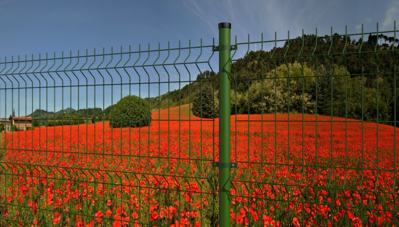 Stalpii rotunzi - potriviti pentru orice tip de gard metalic - Stalpii rotunzi - potriviti pentru