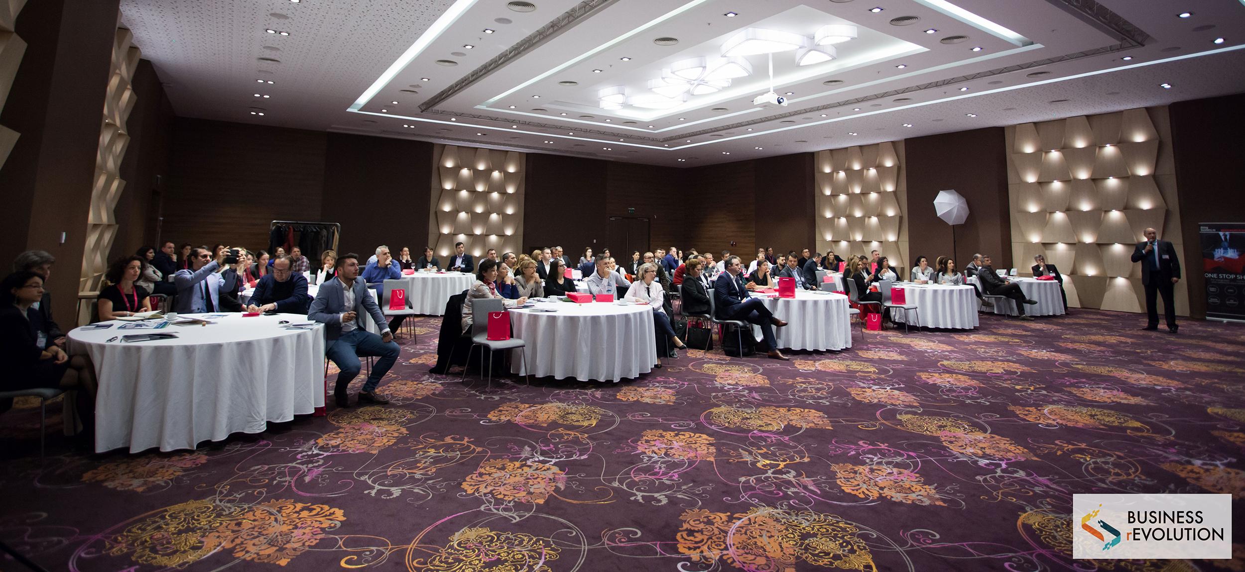 rEvoluția digitală agită apele și la Craiova - rEvoluția digitală agită apele și la Craiova