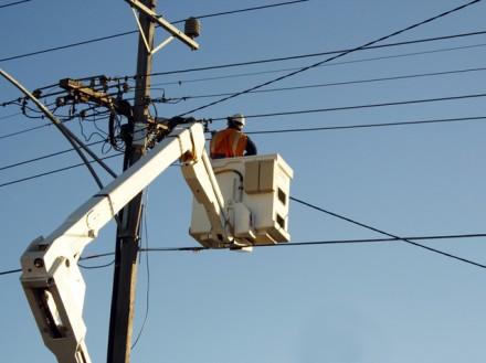 Extindere retea electrica de joasa tensiune - Agnita - Jud. Sibiu - Executie bransamente