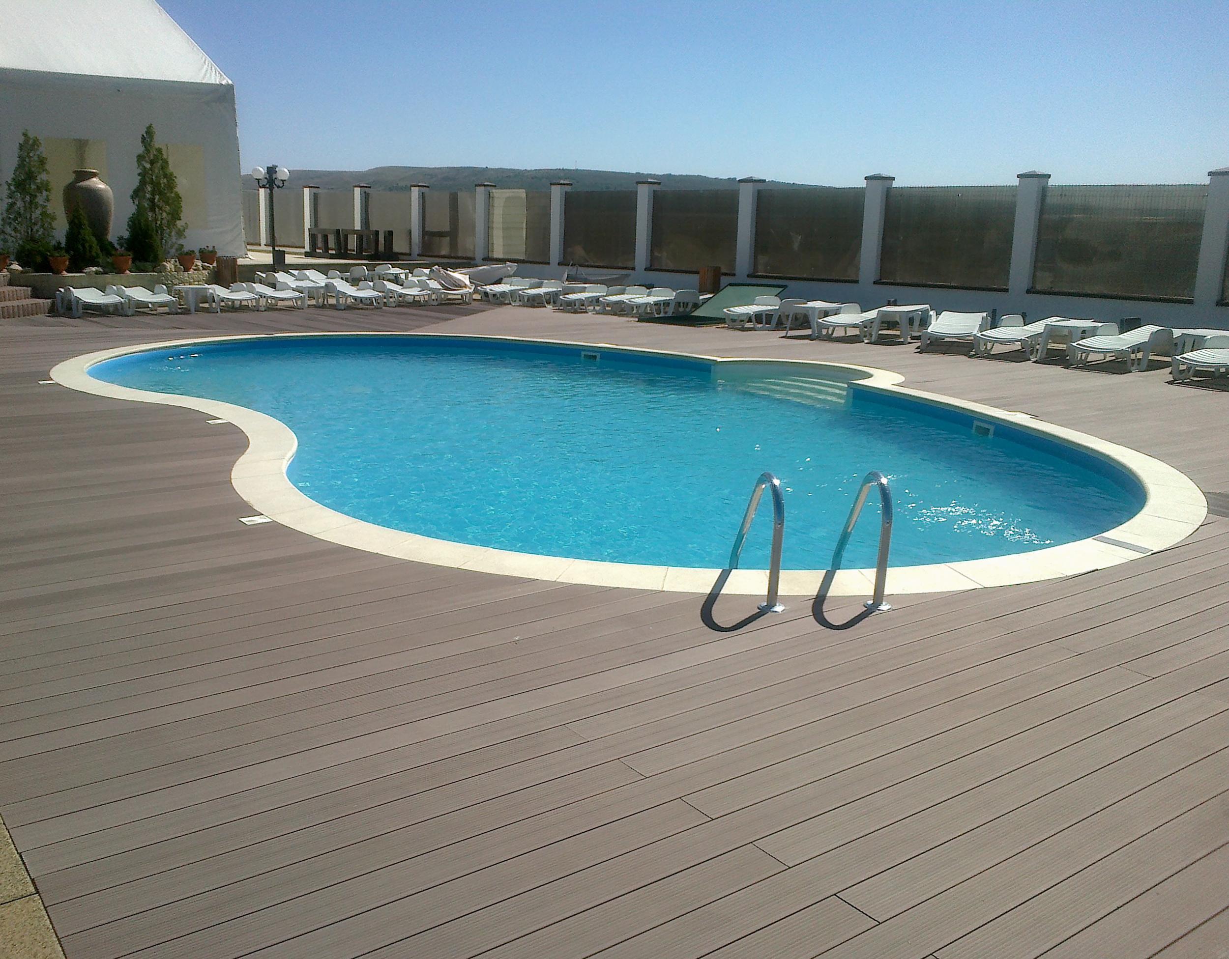 Deck din compozit wpc twinson terrace pentru terase piscine si gradini deceuninck - Piscine in pvc ...