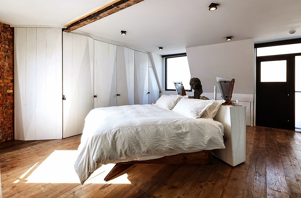 Dusumea din lemn masiv - Finisaje pentru pardoseli - ce se potriveste pentru dormitor?