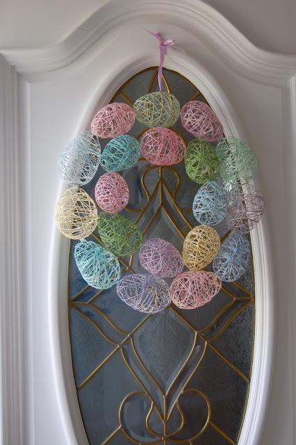 Decoratiuni de Paste - oua din fire de mohair - Decoratiuni de Paste - oua din