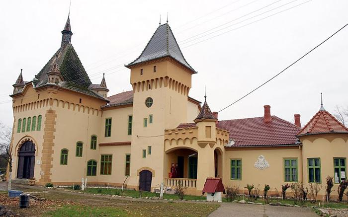 Purgly Kalesi (Castelul Purgly)