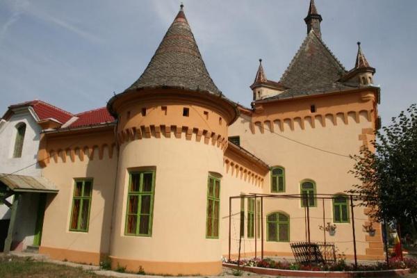 Castelele ascunse ale Romaniei - partea a-II-a - Castelele ascunse ale Romaniei - partea a-II-a