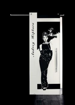 Usa glisanta cu montaj la exteriorul peretelui Audrey Hepburn, figura intreaga - Usi glisante la exteriorul peretelui