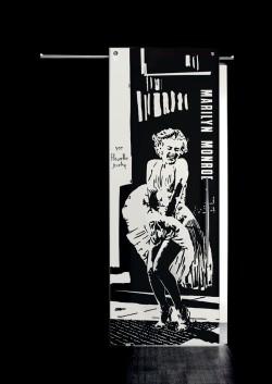 Usa glisanta cu montaj la exteriorul peretelui Marilyn Monroe, figura intreaga - Usi glisante la exteriorul peretelui