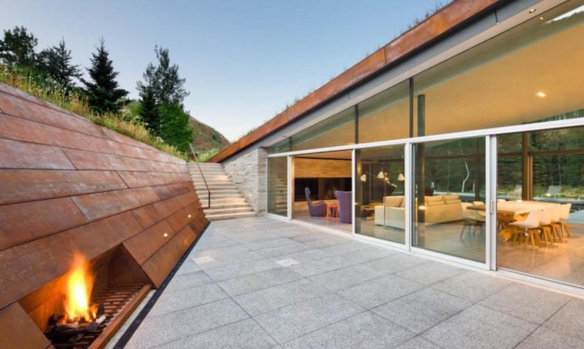 House-in-the-Mountains-by-Gluck-11-1020x610 - O casa acoperita cu pamant si vegetatie pentru un plus de eficienta
