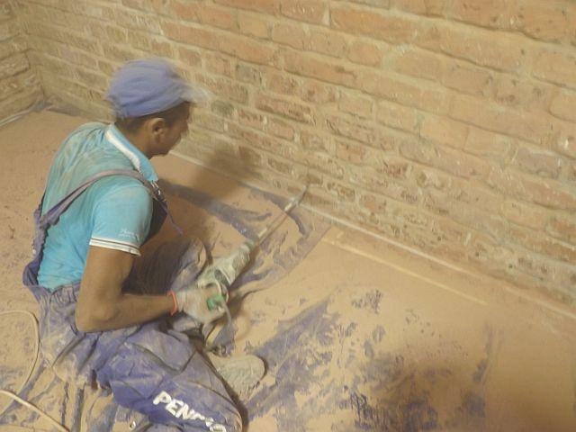 Eliminarea igrasiei la un perete de caramida aparenta al unui demisol in Bucuresti - Eliminarea igrasiei