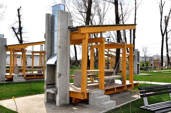 Lemnul compozit romanesc Bencomp in amenajarile exterioare din peisajul capitalei - Lemnul compozit romanesc Bencomp in