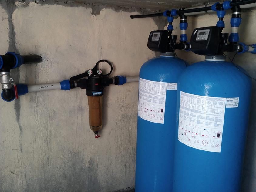 Sistem de filtre pentru deferizare - Despre eliminarea fierului si manganului din apa