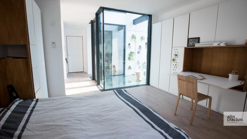 Etaj - Dormitor Mare - Acum poti vizita EFdeN 4C - Primul Centru de Cercetare a