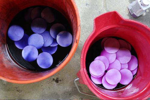 Abajurul cu solzi colorati - Abajurul cu solzi colorati