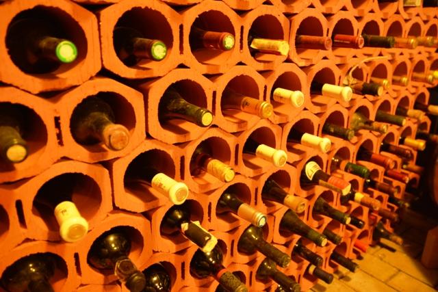 Creativitatea se intalneste cu utilul mandreste-te cu pasiunea ta pentru colectionarea vinurilor - Creativitatea se intalneste