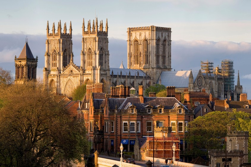 York - 10 orase medievale din Europa ce par desprinse din basme